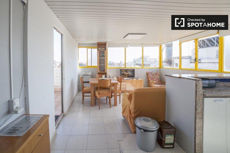 Luminoso apartamento de 4 dormitorios en alquiler en L'Hospitalet