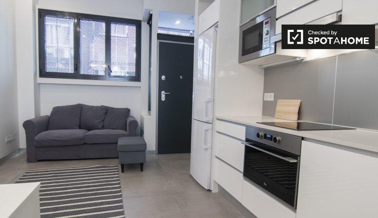 Modernes Studio-Apartment zur Miete in Guindalera, Madrid