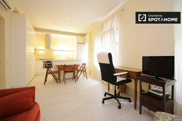 Helle 1-Zimmer-Wohnung zur Miete in Sarrià-Sant Gervasi