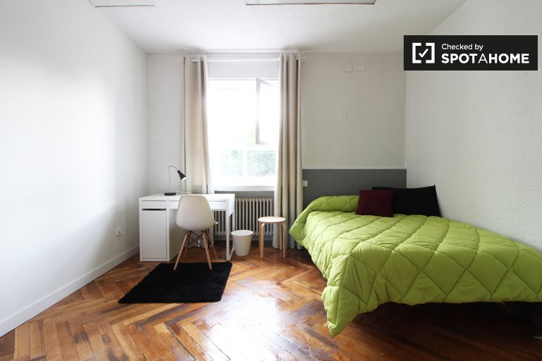 Spacious room in apartment in Puerta del Ángel, Madrid