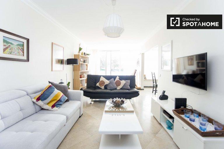 Marvellous 2-bed apartment for rent in Cascais, Lisbon