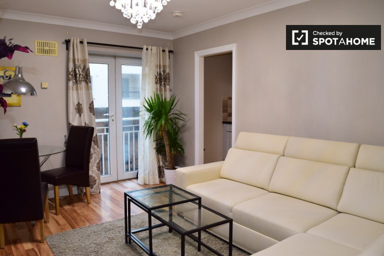 Stylish 1-bedroom apartment to rent in central Dublin