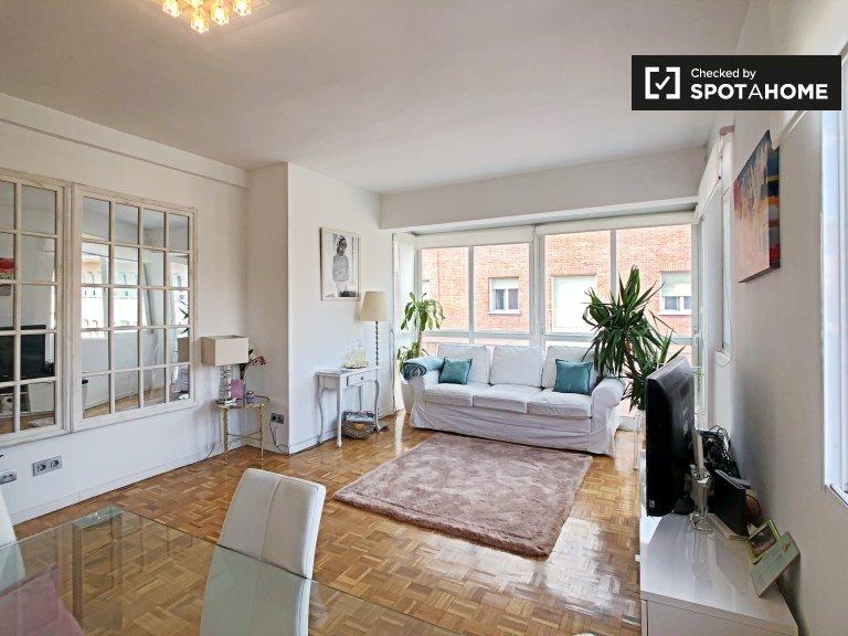 Stanza in affitto nel luminoso appartamento con 3 camere da letto Cuzco, Madrid