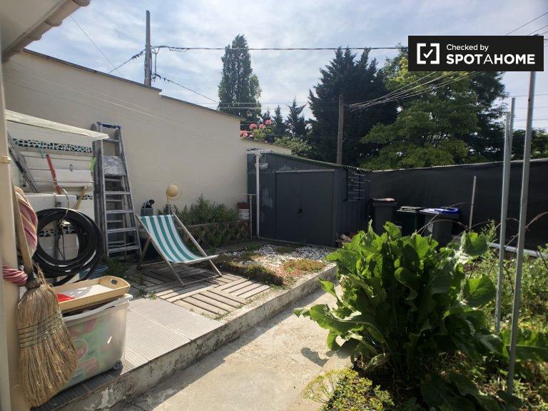 2-bedroom house for rent in Argenteuil, Paris