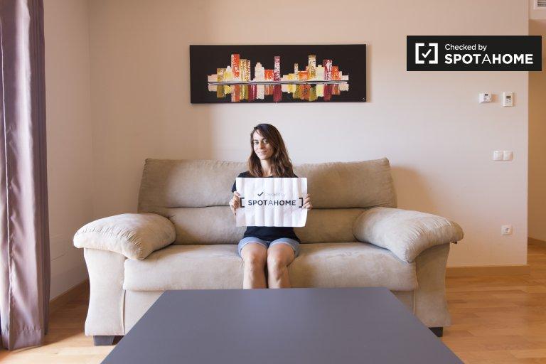 Stylowy apartament z 2 sypialniami do wynajęcia w Alcalá de Henares
