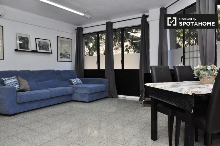Studio-Wohnung zur Miete in L Eixample Dreta, Barcelona