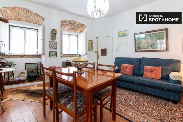 Charmoso apartamento de 2 quartos para alugar, Santa Maria Maior