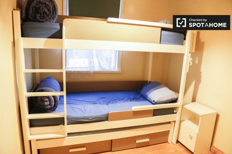 Toasty room for rent in 3-bedroom house, Kilmainham, Dublin