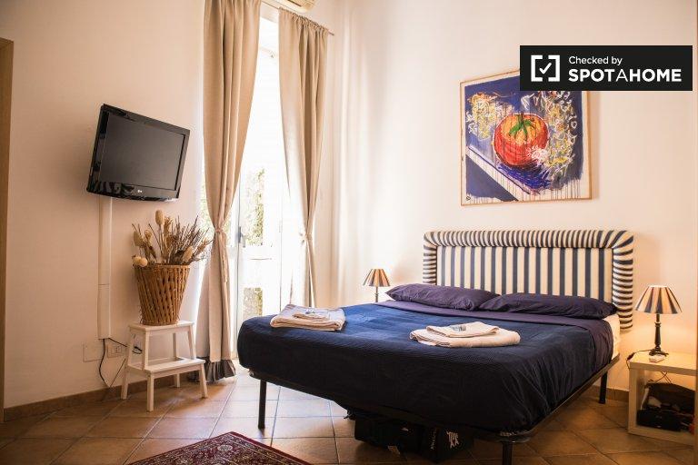 Stanza soleggiata in affitto a Rione XVII Sallustiano, Roma