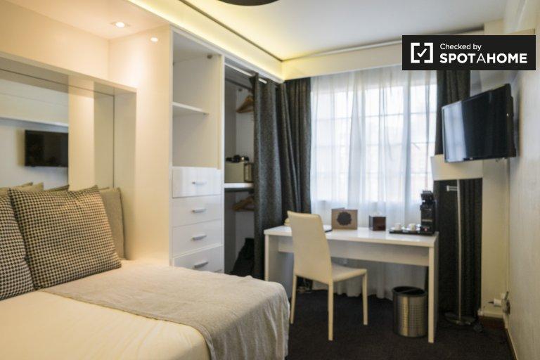 Schludny apartament typu studio do wynajęcia w Regent's Park w Londynie