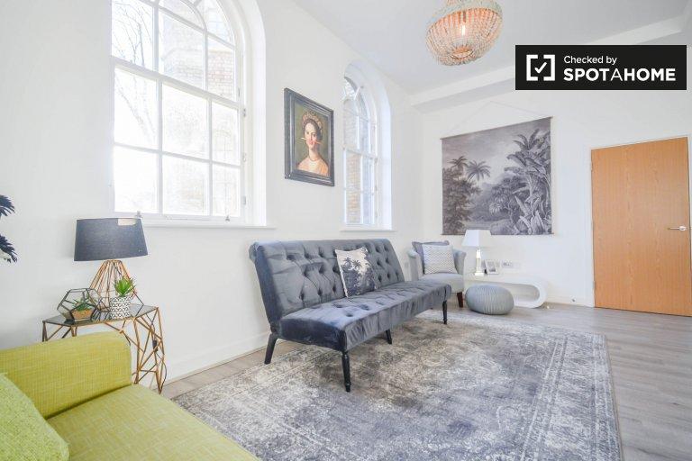 Ogromne 2-pokojowe mieszkanie do wynajęcia w Tower Hamlets w Londynie