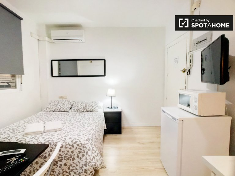 Renoviertes Studio-Apartment zur Miete in Moncloa, Madrid