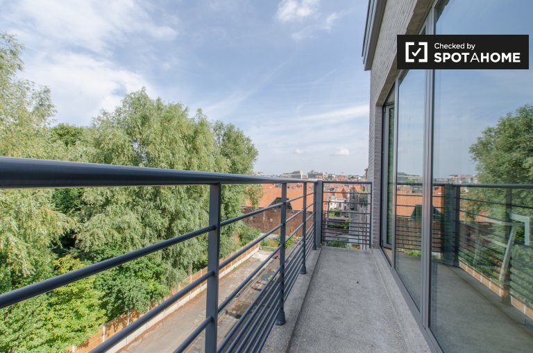 Gorgeous 2-pokojowe mieszkanie do wynajęcia w Ixelles, Bruksela