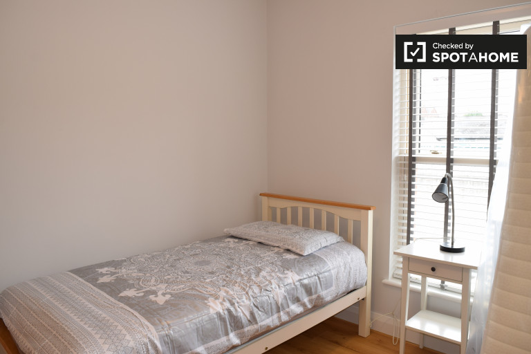 Schlafzimmer 5 - Bett 2