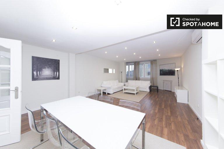 Stylowy 2-pokojowy apartament do wynajęcia w Tetuan, Madryt