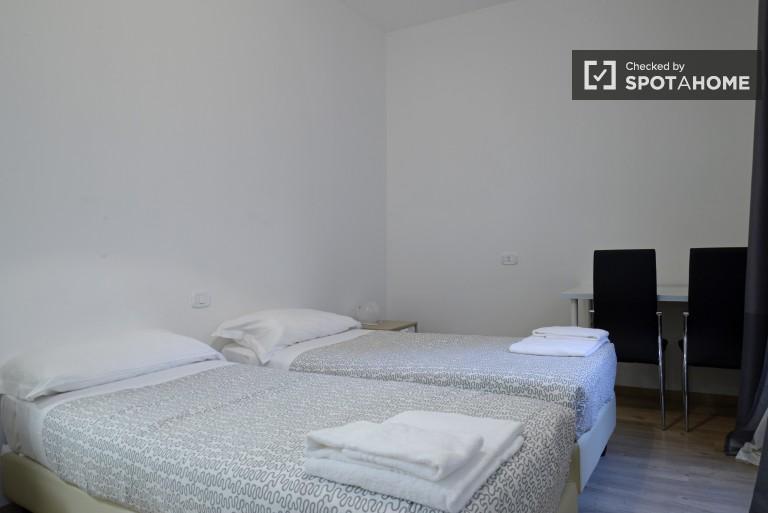 Bedroom 3  - Twin beds, ensuite