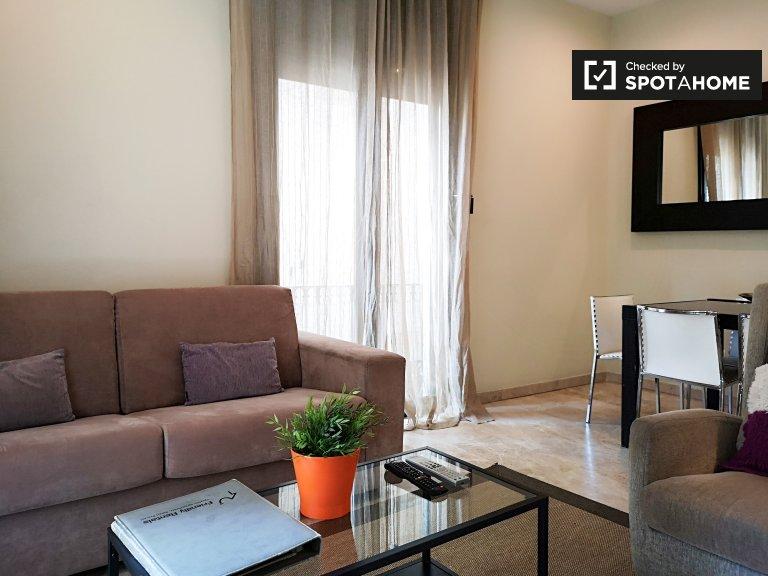 Luksusowy 2-pokojowy apartament do wynajęcia w Barri Gòtic