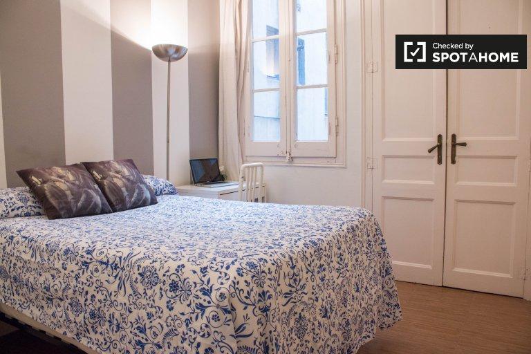 Room for rent in Eixample Dreta, Barcelona