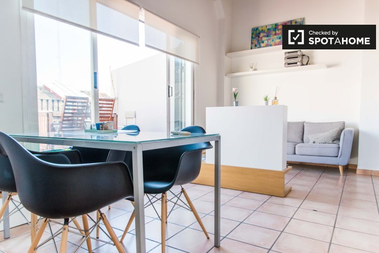 Chic 1-bedroom apartment for rent in Extramurs, Valencia