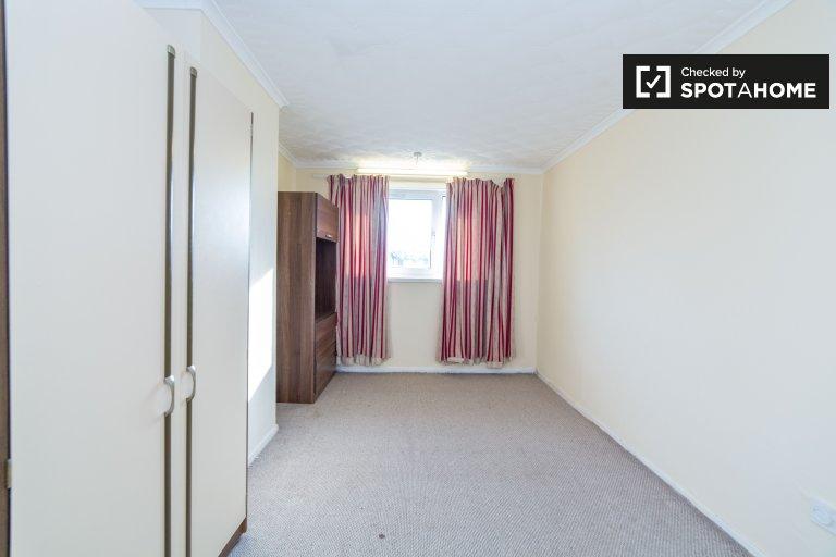 Möbliertes Zimmer in 4-Zimmer-WG in Newham zu vermieten