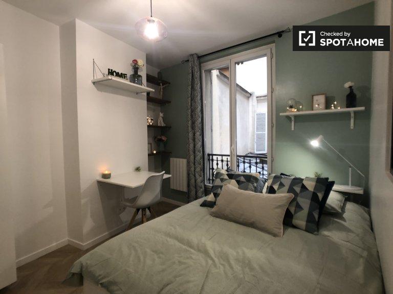 Double room for rent,2-bedroom apartment,18th arrondissement