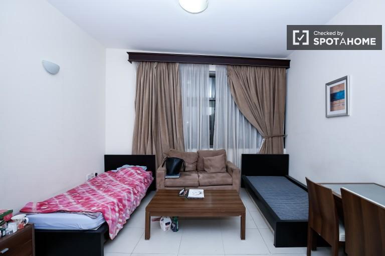 Big room in 3-bedroom apartment in Al Barsha, Dubai