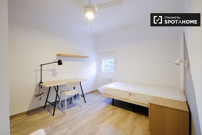 Chambre individuelle à louer, appartement de 3 chambres à coucher, Getafe, Madrid