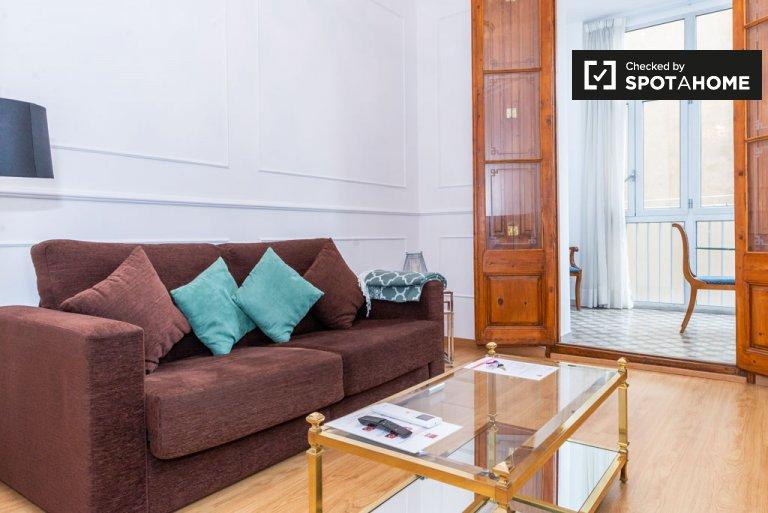Jasne 1-pokojowe mieszkanie do wynajęcia, Eixample Dreta