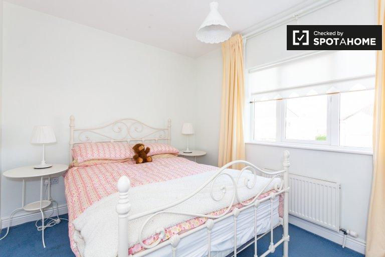 Double room for rent, 2-bedroom flat, Swords, Dublin