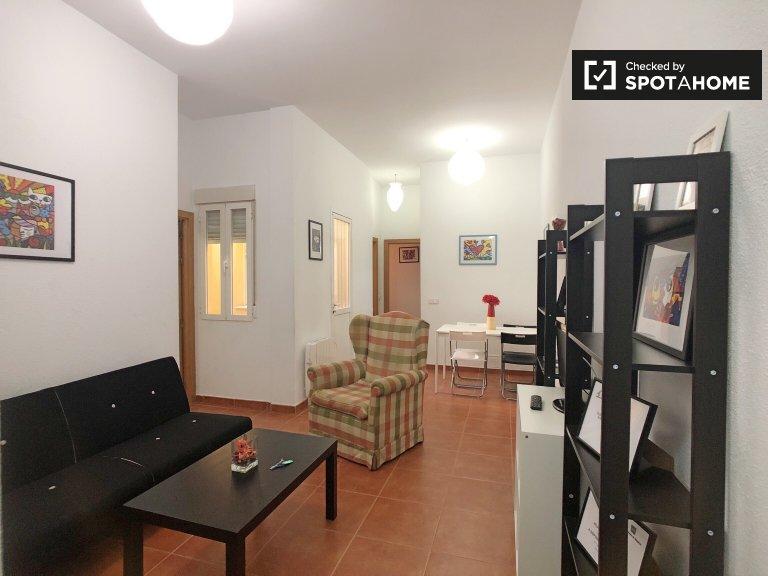 Elegante apartamento de 2 dormitorios en alquiler en Almagro y Trafalgar