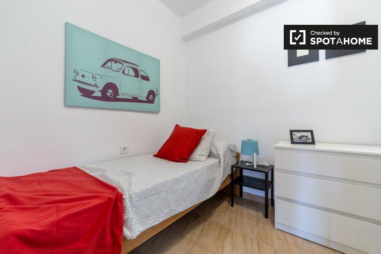 Umeblowany pokój 6-pokojowy apartament Quatre Carreres, Valencia