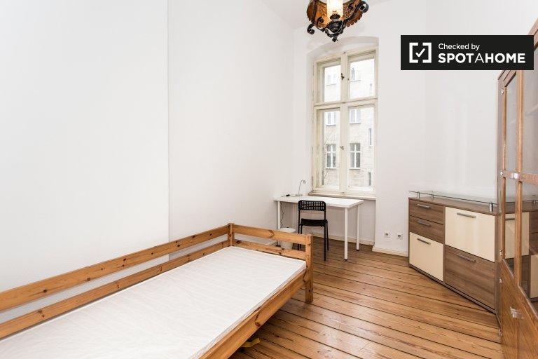Gemütliches Zimmer zur Miete in 5-Bett-Wohnung, Tempelhof-Schöneberg