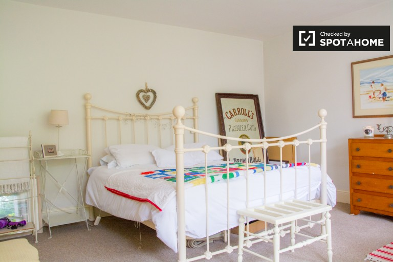 Bedroom 2 with a single and a double bed