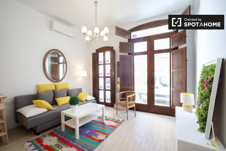 Chic studio apartment for rent in Poblats Marítims, Valencia