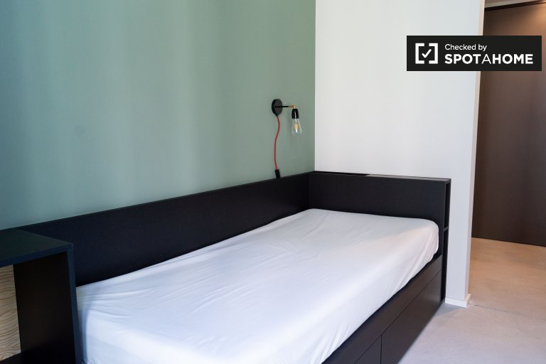 Cool studio apartment for rent in Mitte, Berlin