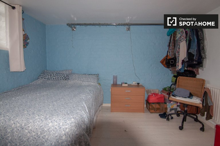 Amplia habitación de 2 dormitorios en Bethnal Green, Londres