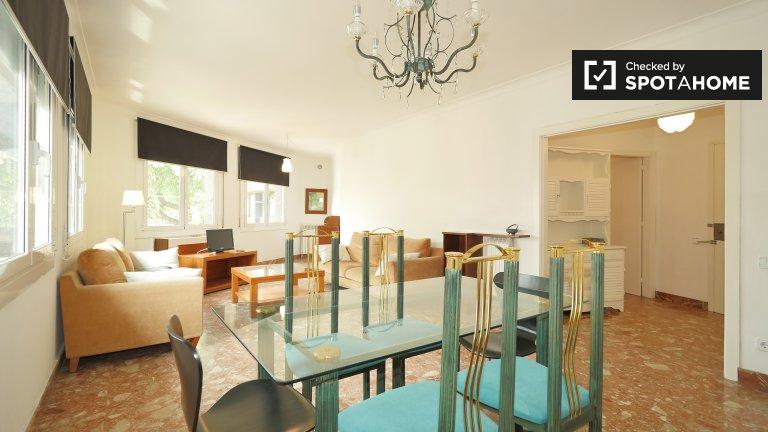 Apartamento de 3 dormitorios en alquiler en Gràcia, Barcelona