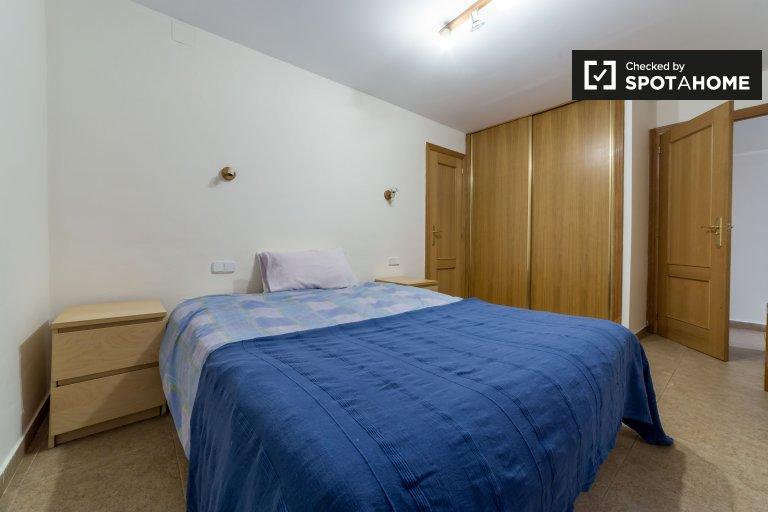 Chambre lumineuse appartement de 3 chambres, Quatre Carreres, Valence