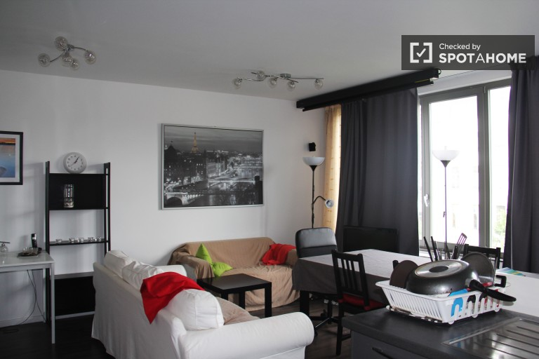 Apartamento moderno de 2 quartos para alugar no centro de Bruxelas
