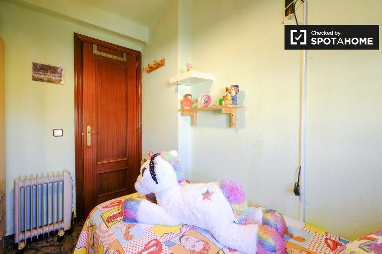 Habitación individual en alquiler, apartamento de 3 dormitorios, Hortaleza, Madrid