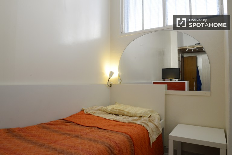 Camera da letto 2 con letto singolo