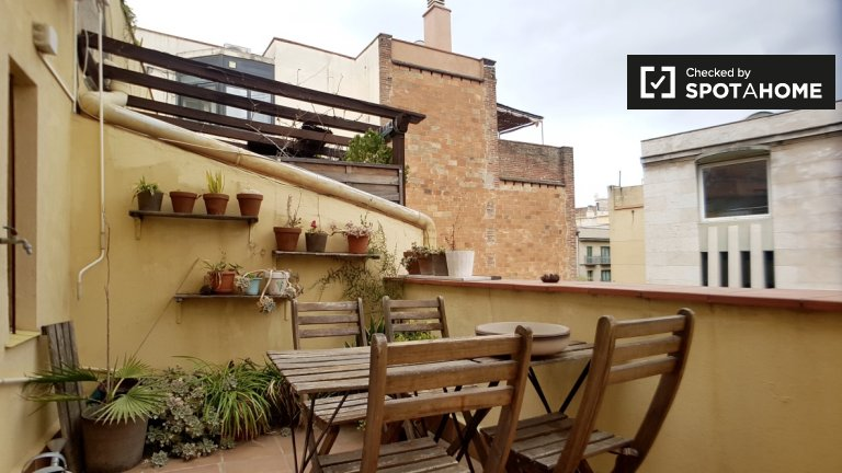 3-pokojowe mieszkanie do wynajęcia w El Raval, Barcelona