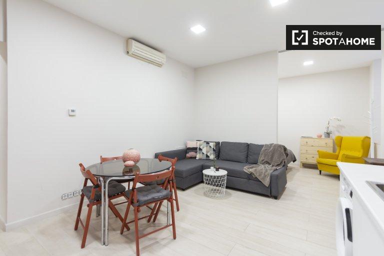 Nowoczesne mieszkanie typu studio do wynajęcia w Tetuan, Madryt