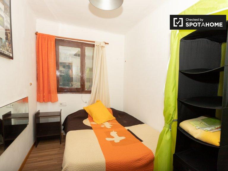 Quarto acolhedor para alugar em apartamento de 3 quartos na Horta-Guinardó