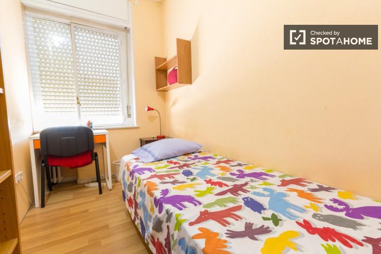 5 pokojowe mieszkanie na wynajem w Moncloa - Madryt