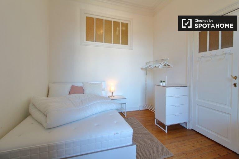 Schönes Zimmer zu vermieten in Saint-Josse, Brüssel