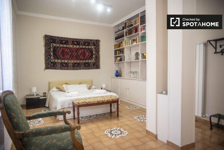 Hermosa habitación en alquiler en Nomentano, Roma
