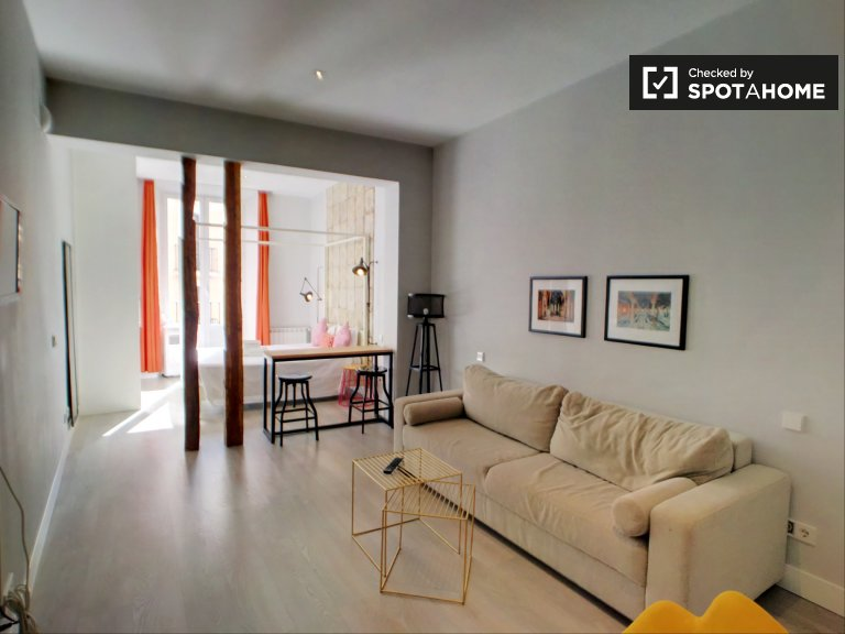 Modernes Studio-Apartment zur Miete in La Latina, Madrid