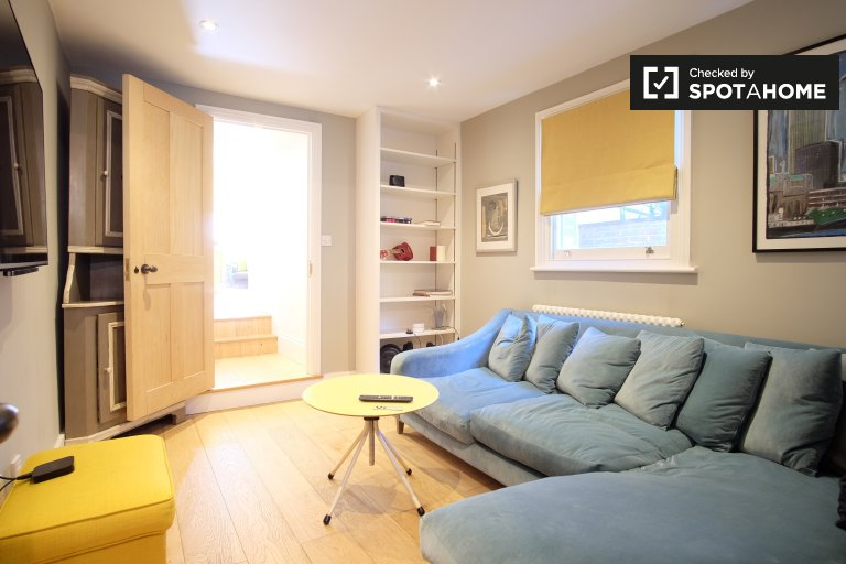 Welcoming 3-bedroom house for rent in Lambeth, London