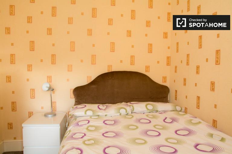 Schönes Zimmer in einer Wohngemeinschaft in Artane, Dublin